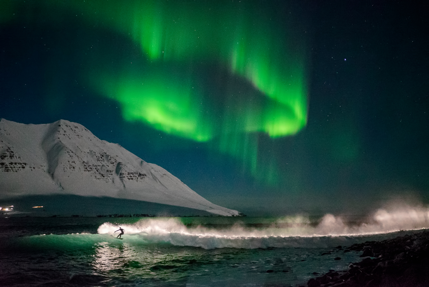 stuck in iceland during the worst storm in 25 years   must see in iceland